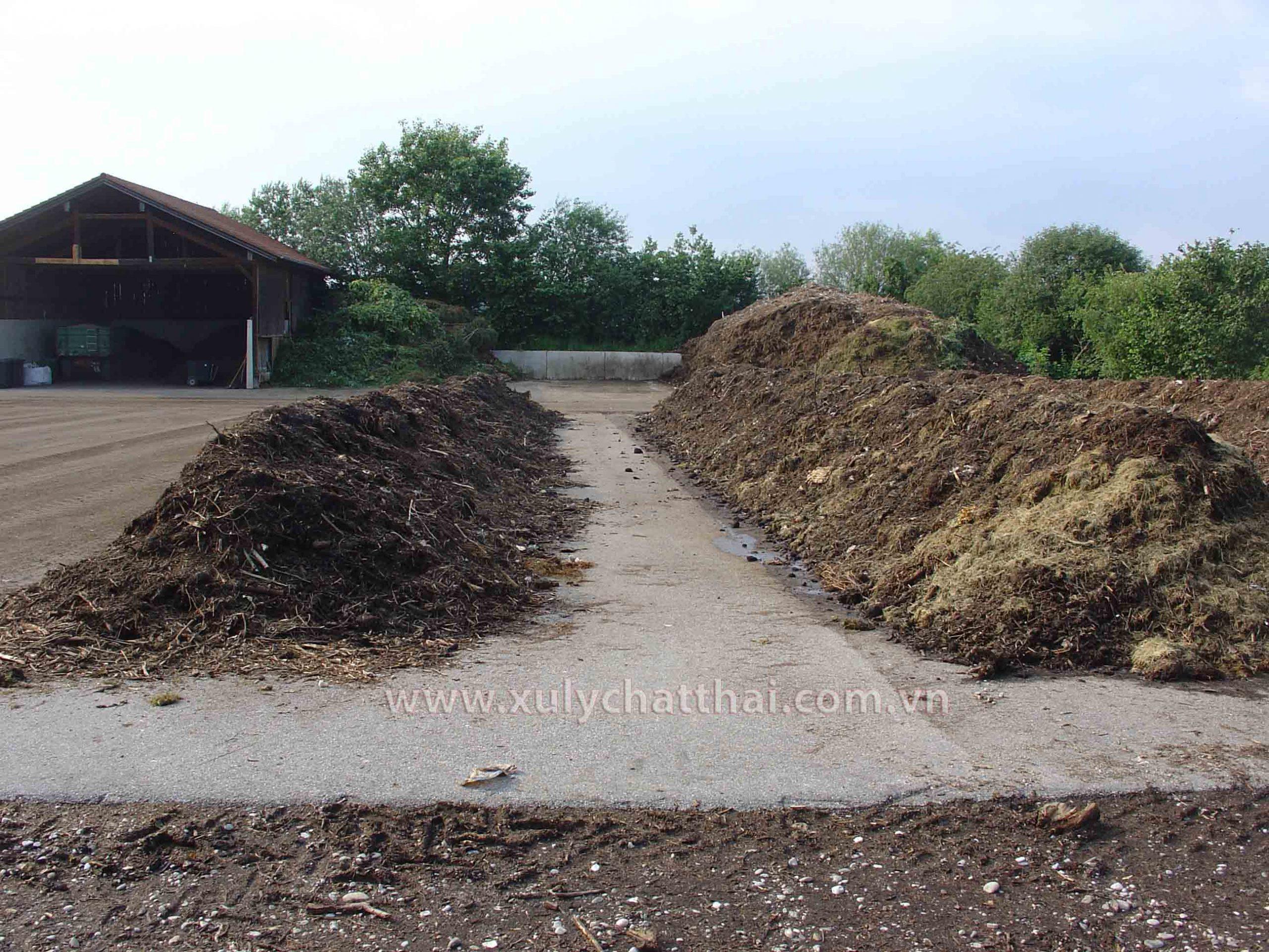 Nhà máy sản xuất phân compost