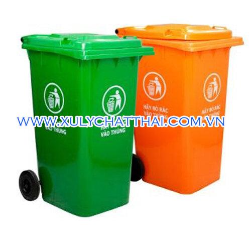 Thùng rác công nghiệp màu xanh, cam