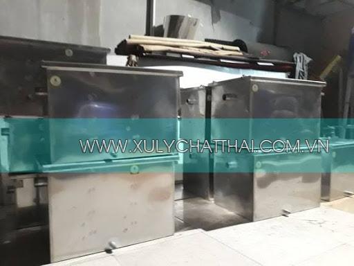 Công ty chúng tôi là đơn vị hàng đầu Viêt Nam về sản xuất bể tách mỡ inox