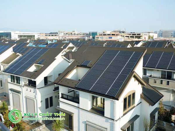 Nhà sử dụng năng lượng tái tạo ngày càng phổ biến